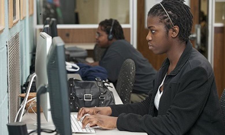 student at computer3